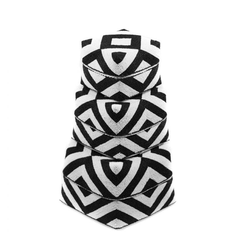 Box Daya  black and white