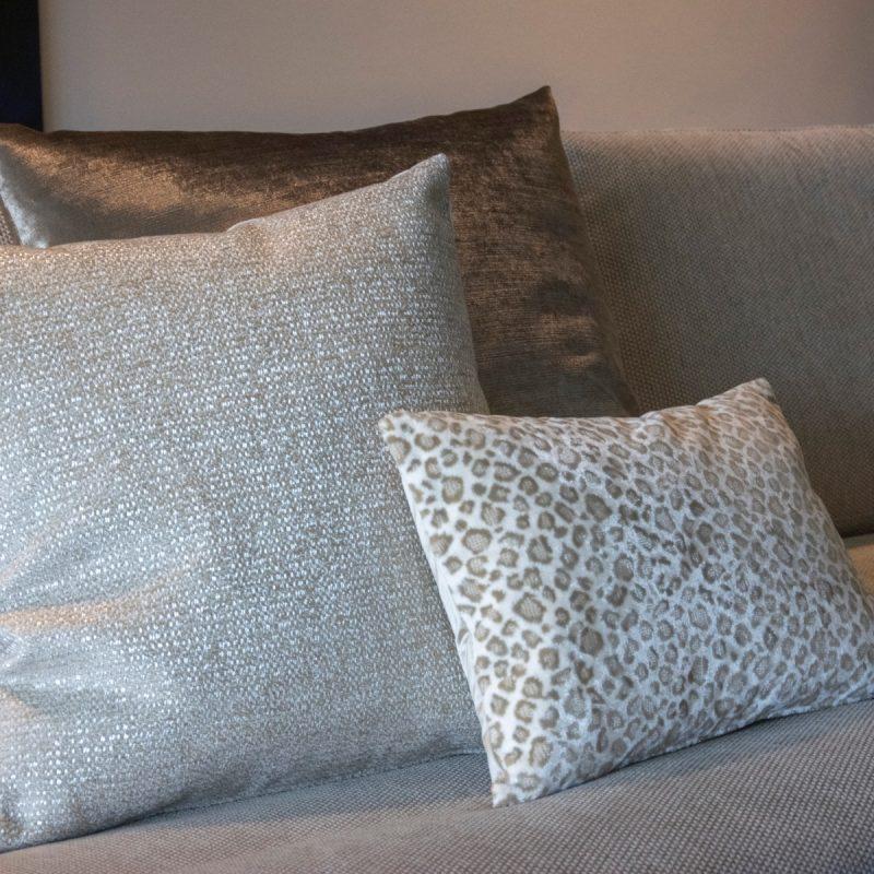 Cushion Leopoldo sand