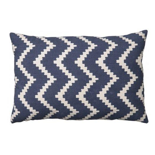 Cushion outdoor Sema ikat blue off-white